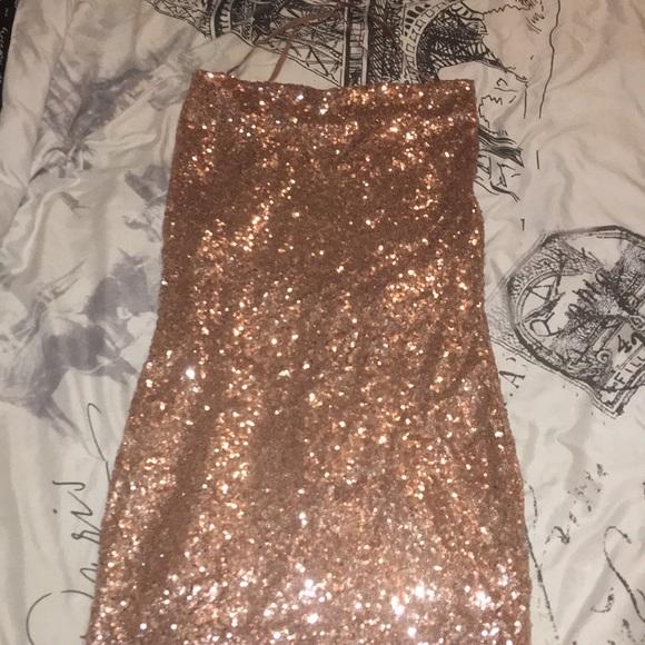 Fashion Nova Dresses & Skirts - Fashion Nova RoseGold Sequin Dress.